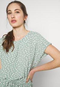 ONLY - ONLMARIANA MYRINA DRESS - Korte jurk - chinois green - 4