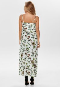 ONLY - ONLWINNER - Maxi-jurk - cloud dancer - 2