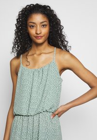 ONLY - ONLWINNER - Maxi-jurk - chinois green - 3