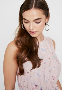 ONLY - ONLBUTTERFLY DRESS - Maxi dress - rose smoke - 3