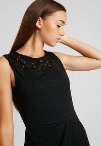ONLY - ONLBREMEN O NECK DRESS - Jerseyjurk - black - 4