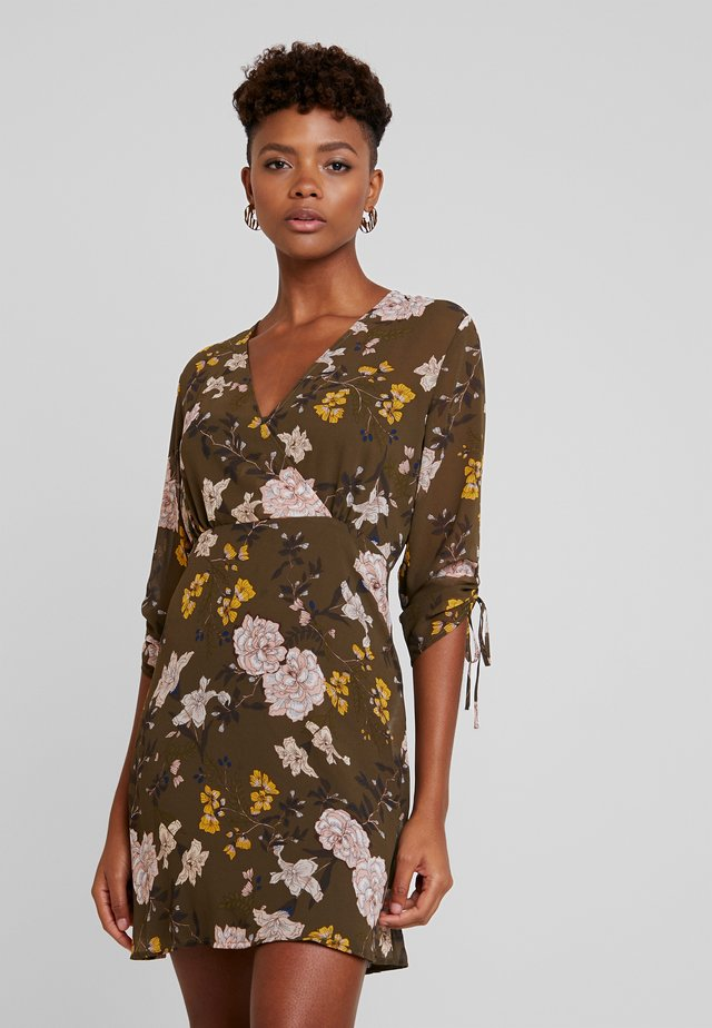 ONLMIMI SHORT DRESS - Korte jurk - beech