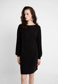 ONLY - ONLJESSIE BOATNECK DRESS - Vestido de punto - black - 0