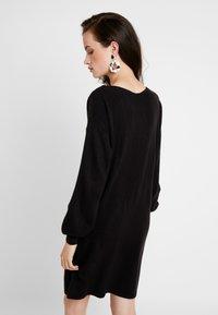 ONLY - ONLJESSIE BOATNECK DRESS - Vestido de punto - black - 3