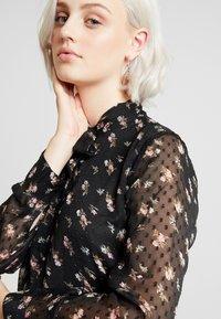 ONLY - ONLTHEA HIGHNECK DRESS - Košilové šaty - black - 4