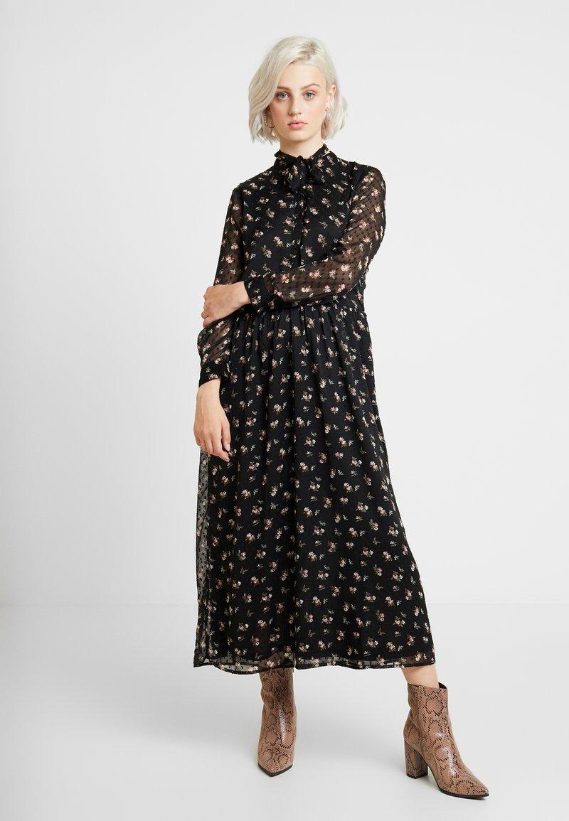 ONLY - ONLTHEA HIGHNECK DRESS - Blusenkleid - black