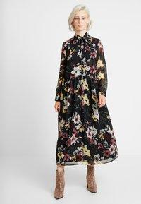 ONLY - ONLTHEA HIGHNECK DRESS - Skjortekjole - black - 0
