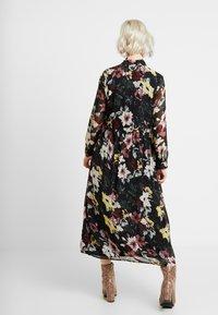 ONLY - ONLTHEA HIGHNECK DRESS - Skjortekjole - black - 2