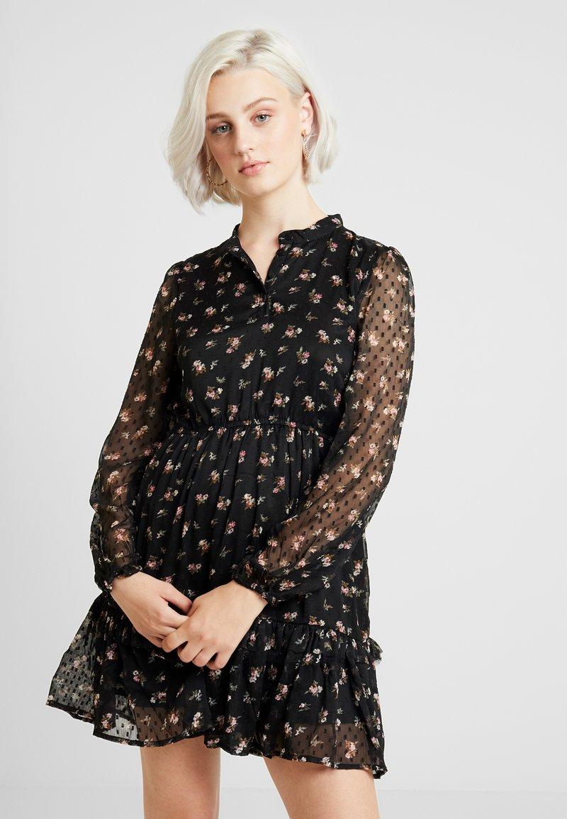 ONLY - ONLTHEA RUFFLE DRESS - Freizeitkleid - black