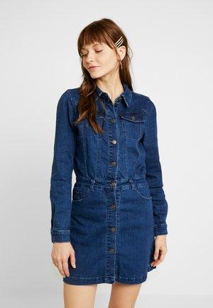 ONLCLEVA DRESS YORK - Denimové šaty - dark blue denim