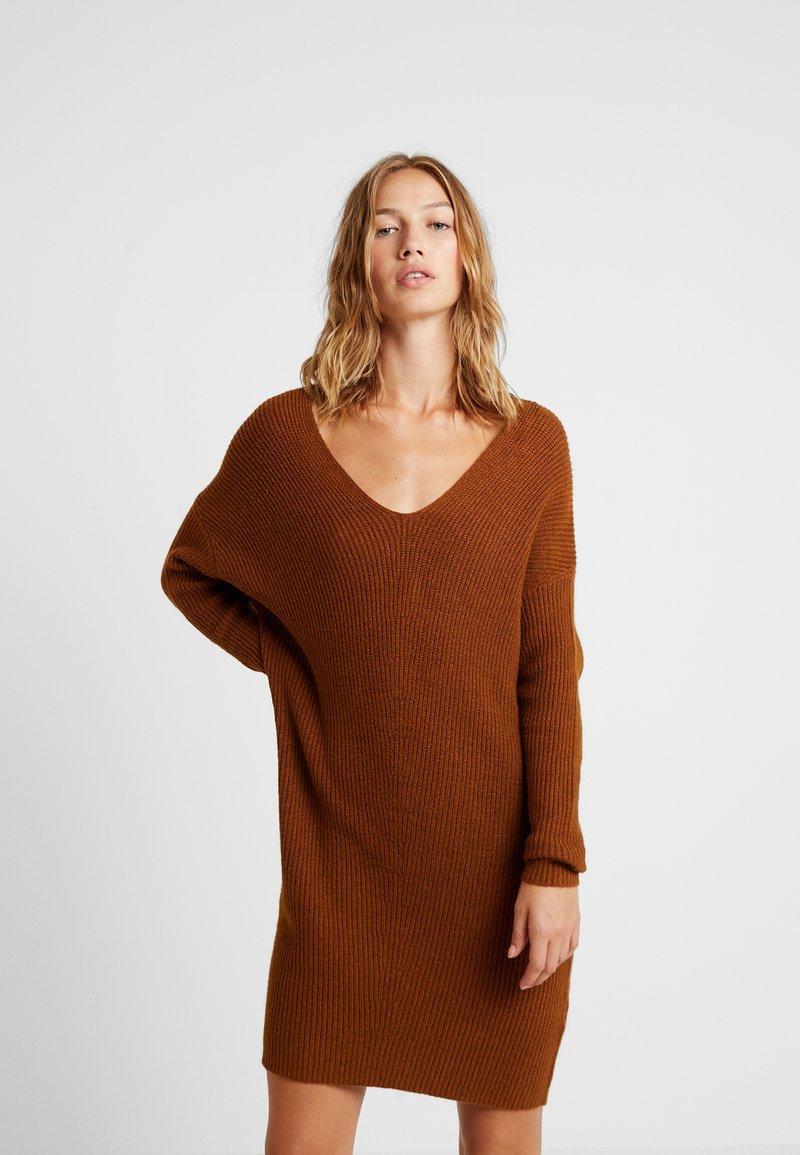 ONLY - ONLCATHLENE DRESS - Pletené šaty - argan oil