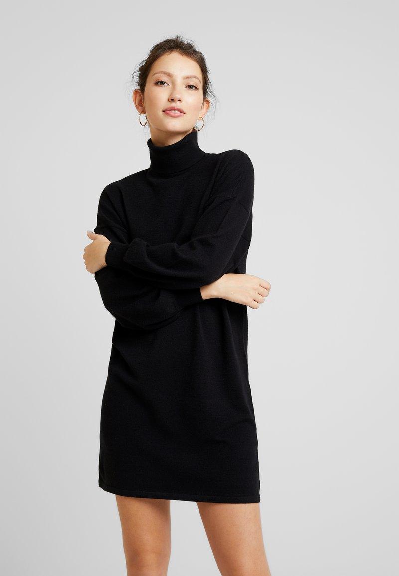 ONLY - ONLJESS ROLLNECK DRESS  - Strickkleid - black