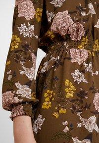 ONLY - ONLNOVA HIGHNECK DRESS - Robe chemise - beech - 6