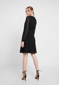 ONLY - ONLLINA DRESS - Robe d'été - black - 3