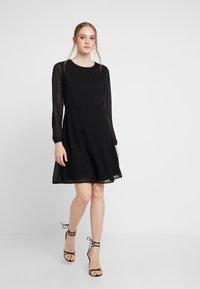 ONLY - ONLLINA DRESS - Robe d'été - black - 2