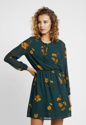 ONLFRANCIS DRESS - Sukienka letnia - ponderosa pine/dandy garden