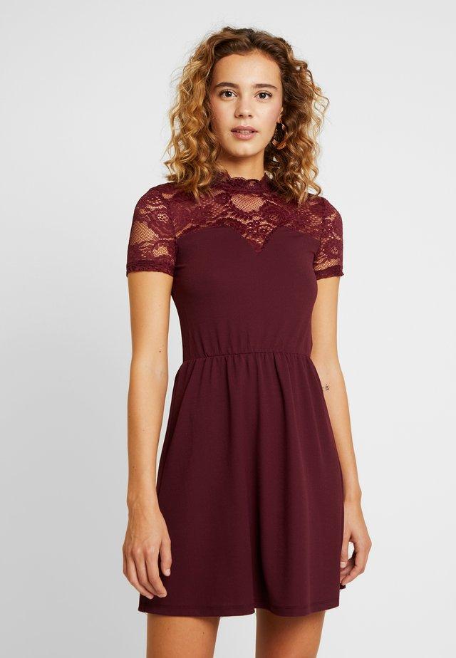 ONLMONNA MIX DRESS - Vestito di maglina - port royale