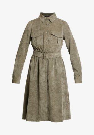 ONLELLY DRESS - Skjortekjole - kalamata