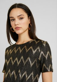ONLY - ONLCAROL DRESS - Vestido de punto - black - 5