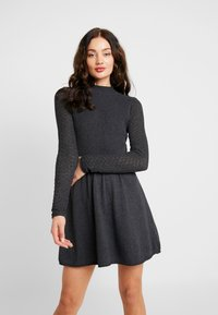 ONLY - ONLFJESS DRESS - Strickkleid - dark grey melange - 0
