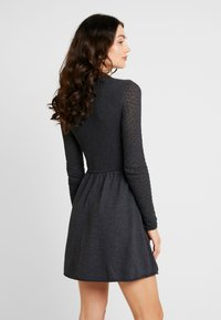 ONLY - ONLFJESS DRESS - Strickkleid - dark grey melange - 3