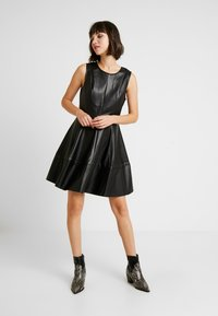 ONLY - ONLCORINNE DRESS - Vestito estivo - black - 2