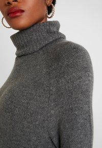 ONLY - ONLCLEAN ROLLNECK DRESS  - Maxi-jurk - medium grey melange - 5