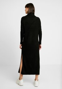 ONLY - ONLCLEAN ROLLNECK DRESS  - Maxikjole - black - 2