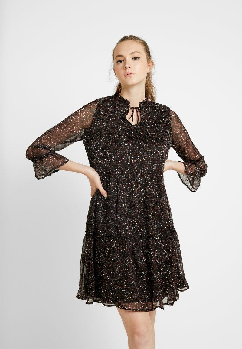 ONLY - ONYNIKOLINE KNEE DRESS - Kjole - black