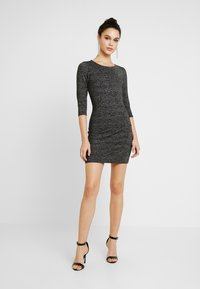 ONLY - ONLFREJA SHORT DRESS - Vestido de tubo - black/silver - 2