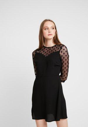 ONLVELMA INSERT DRESS - Vapaa-ajan mekko - black