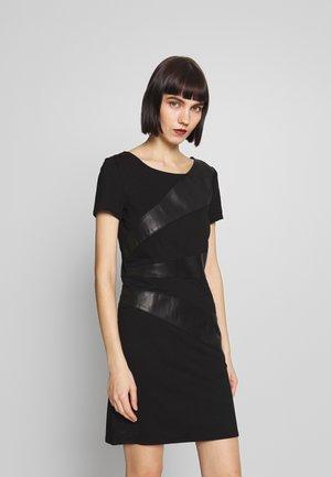 ONLDINAS DRESS - Tubino - black