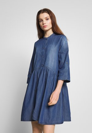 ONLCHICAGO DRESS - Vapaa-ajan mekko - medium blue denim