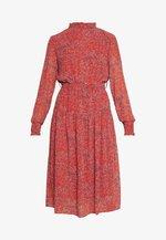 ONLKENDEL DRESS BELT - Kjole - rust