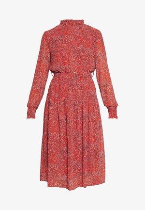 ONLKENDEL DRESS BELT - Freizeitkleid - rust