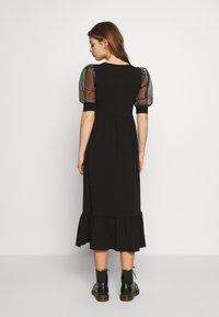 ONLY - ONLRINNA DRESS - Vestito di maglina - black - 2