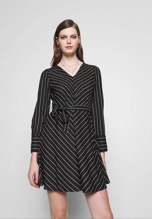 ONLMAXINE DRESS - Robe d'été - black/white