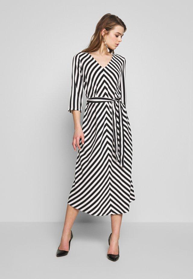 ONLLUMA MIDI DRESS - Korte jurk - bright white/black