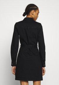 ONLY - ONLFEISTY BELT DRESS - Spijkerjurk - black denim - 2
