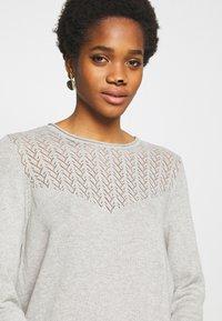 ONLY - ONLEDEN DRESS  - Jumper dress - light grey melange - 3