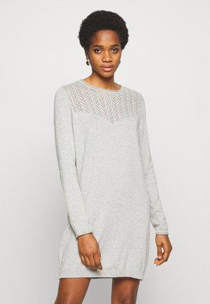 ONLEDEN DRESS  - Abito in maglia - light grey melange