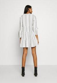 ONLY - ONLGRY ATHENA DRESS - Kjole - cloud dancer/black - 2