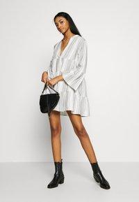 ONLY - ONLGRY ATHENA DRESS - Robe d'été - cloud dancer/black - 1