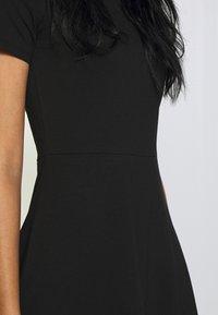 ONLY - ONLLIVE LOVE BOATNECK DRESS - Jerseyjurk - black - 5