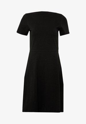 ONLLIVE LOVE BOATNECK DRESS - Žerzejové šaty - black