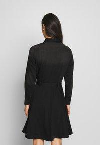 ONLY - ONLLIVIA DRESS - Denimové šaty - black - 2