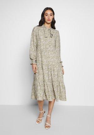 ONLGRACE BOW DRESS - Kjole - cloud dancer