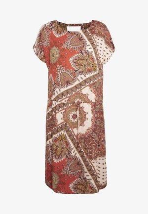 ONLNOVA CONNIE BALI DRESS - Denní šaty - lotus/flame