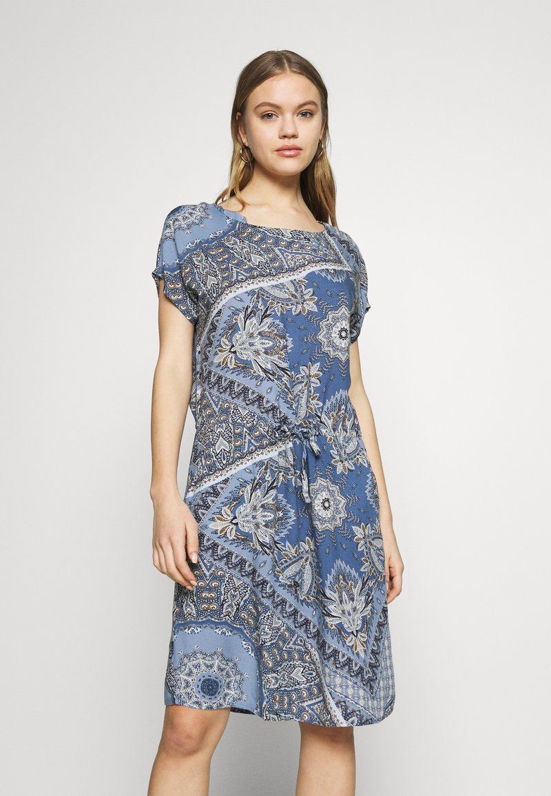 ONLY - ONLNOVA CONNIE BALI DRESS - Denní šaty - infinity