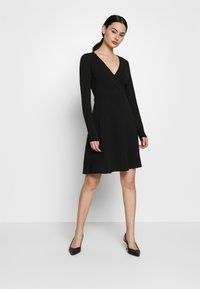 ONLY - ONLSALLY WRAP DRESS  - Trikoomekko - black - 1